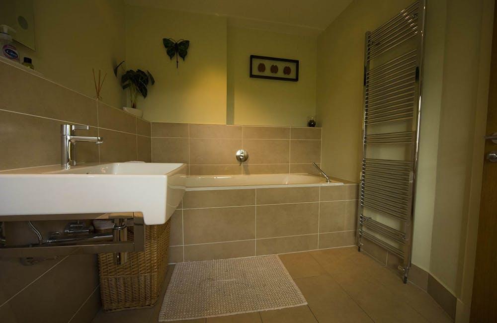 Bookilber Barn Bathroom, Yorkshire Dales