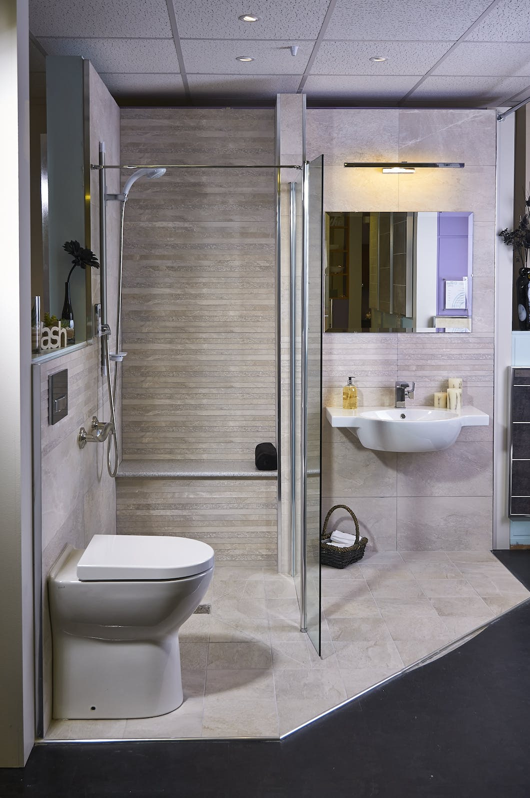 Accessible wet floor showers designed fit by more ability - Bath shower room ...