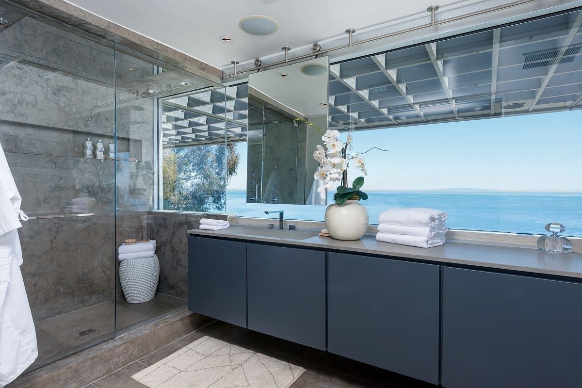help & advice | Celebrity Bathroom Series