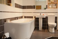 Design solutions for compact bathrooms