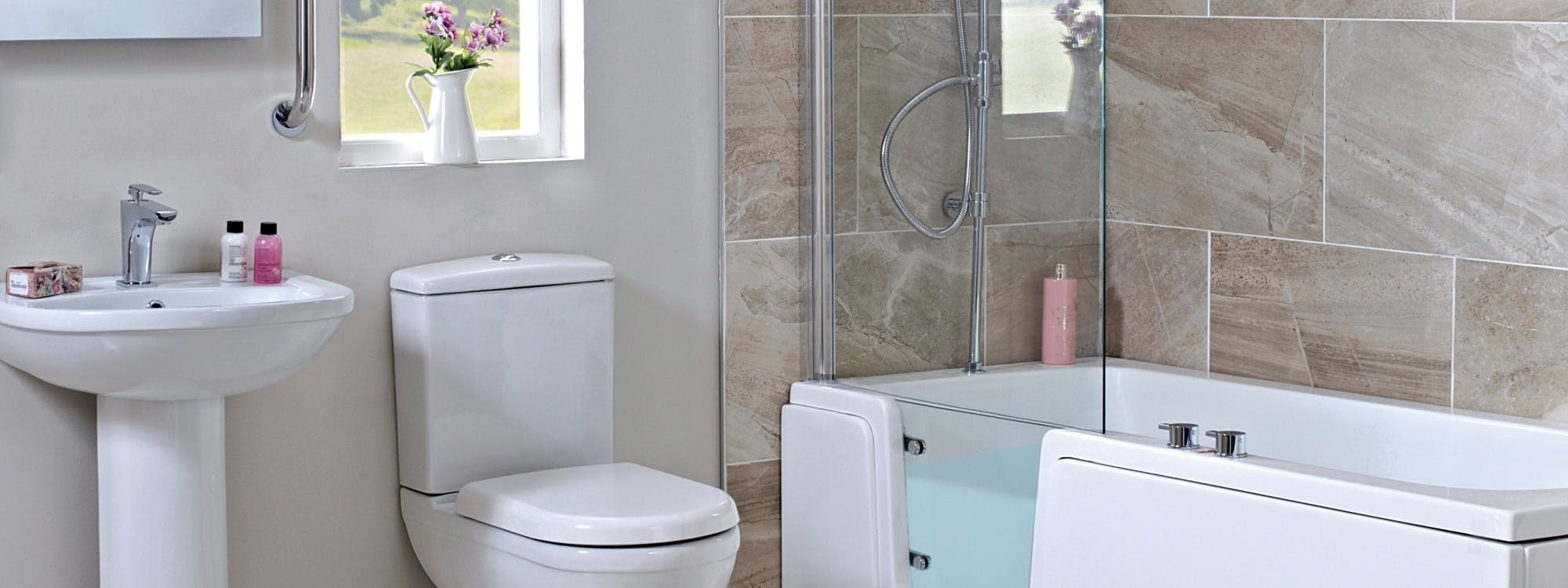 We design, supply & install easy access bathrooms and walk-in baths.