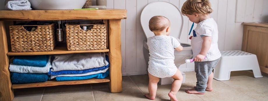 children blocking toilet