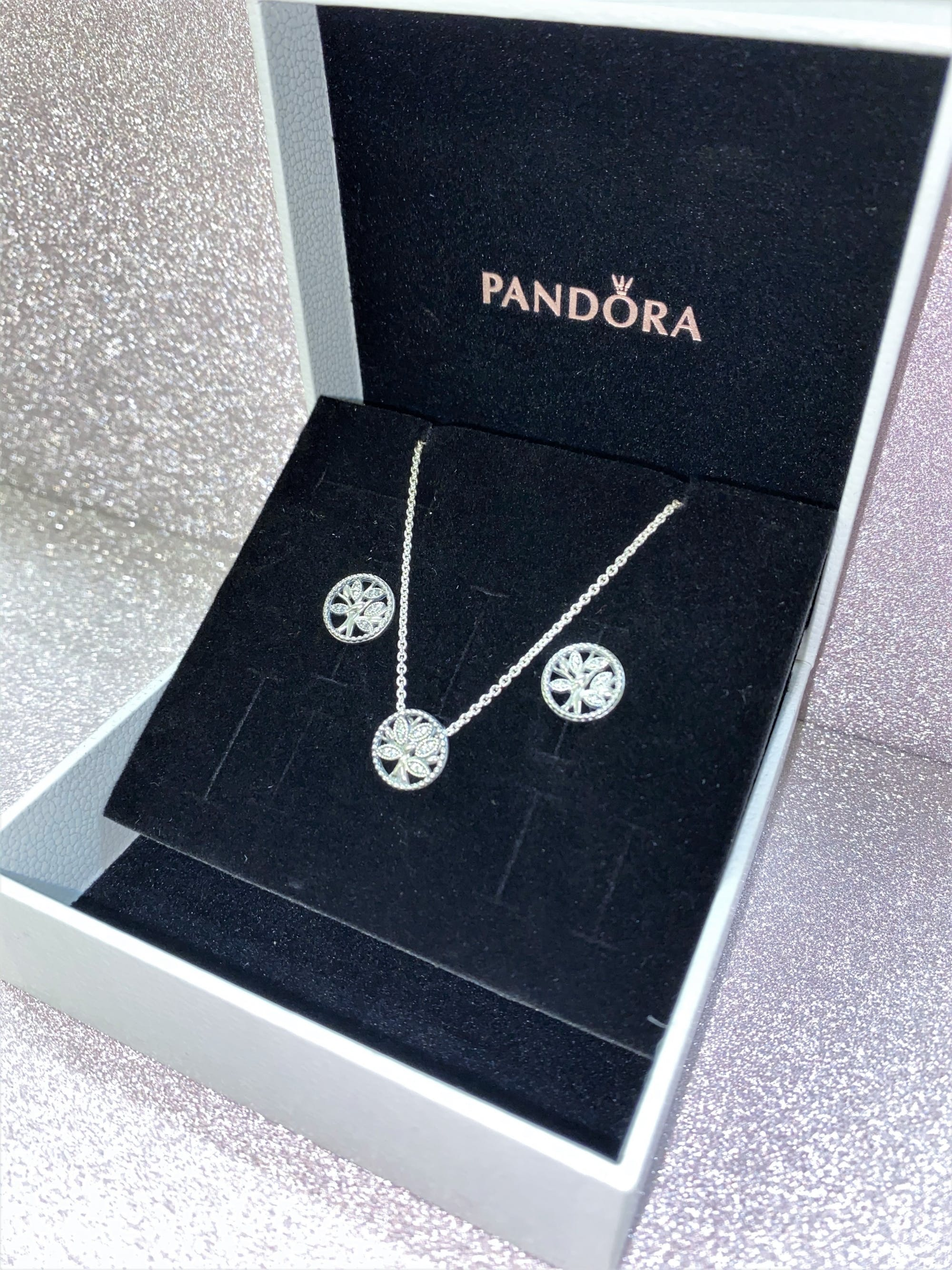 Here's another hot pick - Pandora family tree necklace and earrings set £105