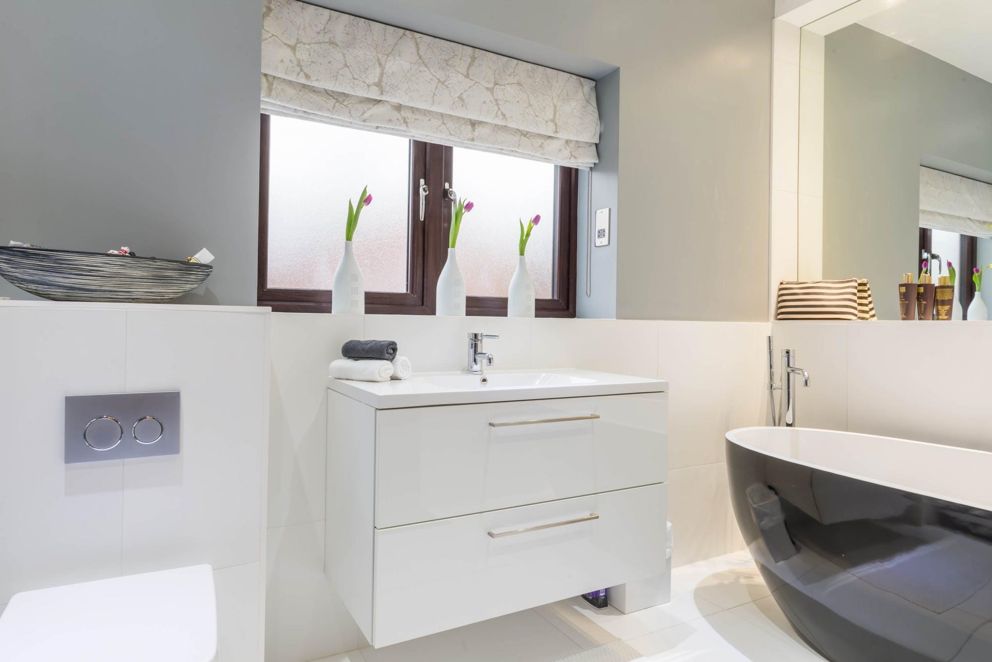 Contemporary Bathroom in Wakefield 6