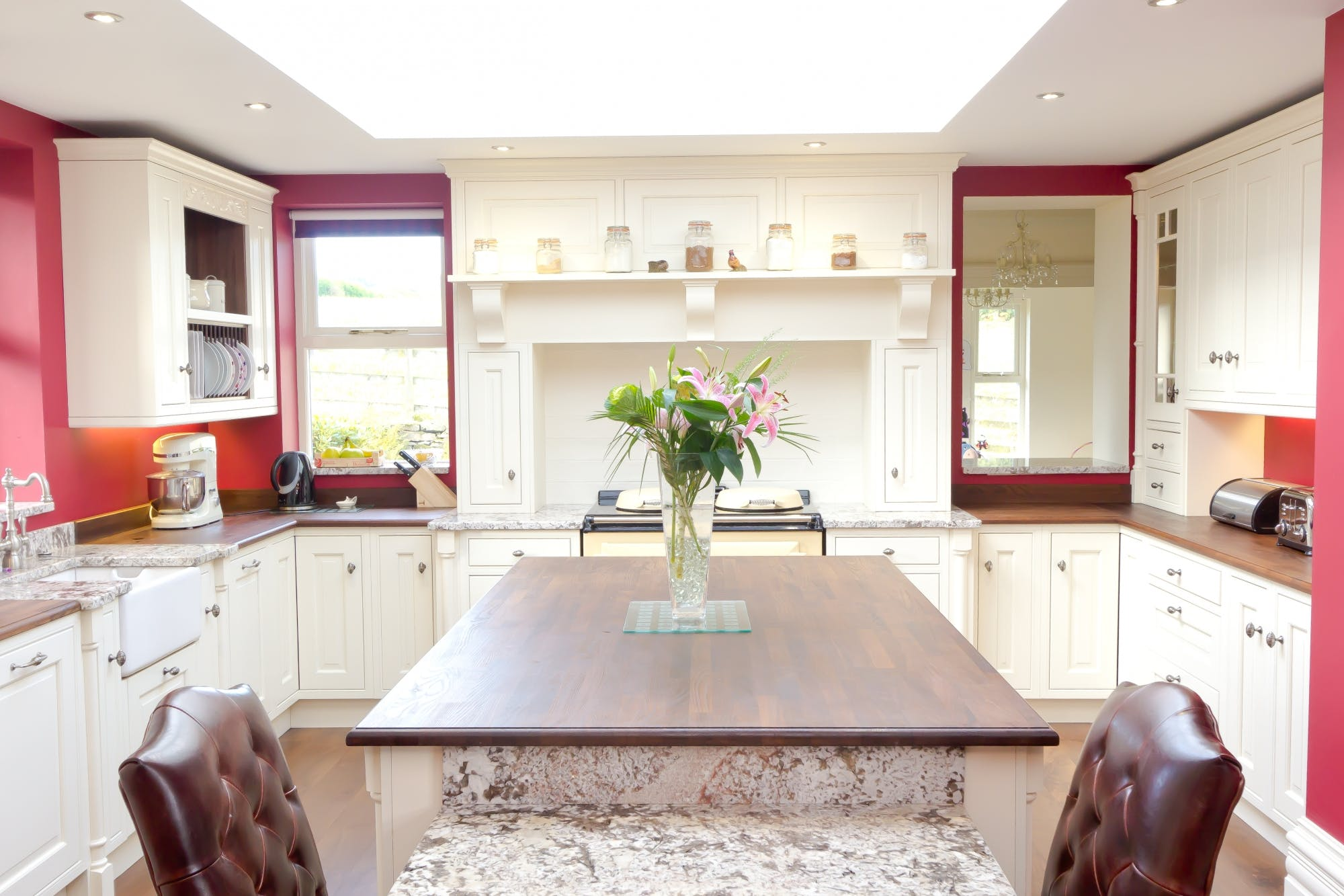 Traditional Kitchen in Keighley by Twenty 5 Design