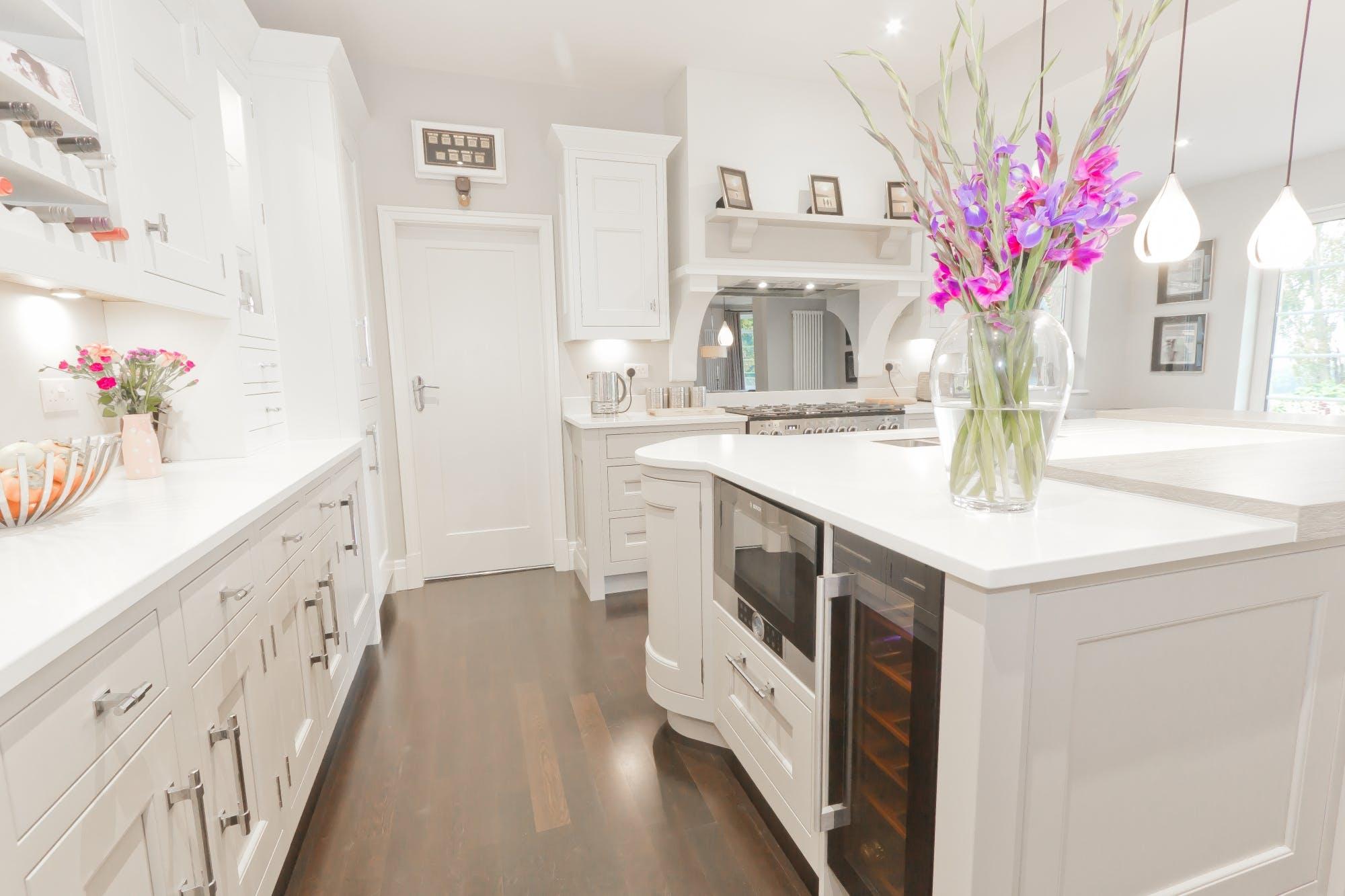 Classic Kitchen in Wakefield by Twenty 5 Design