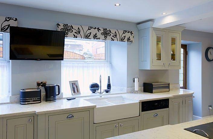 Classic Kitchen in Wakefield at Horbury by Twenty 5 Design