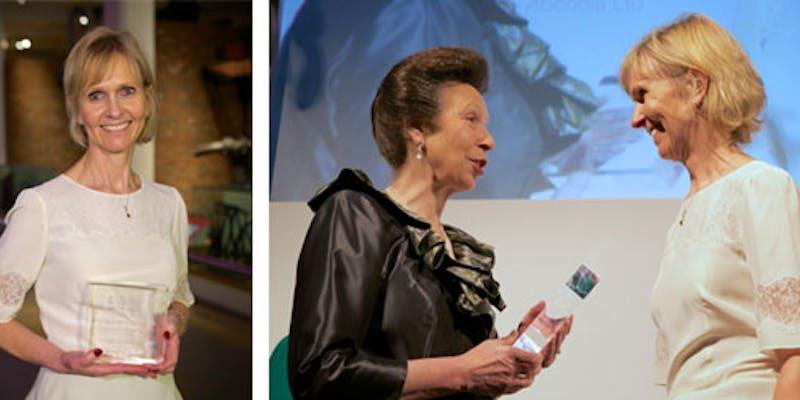 Dr Julie C Barnes