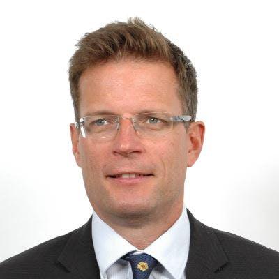 Bruce Tomlinson, Chief Executive, HR Wallingford